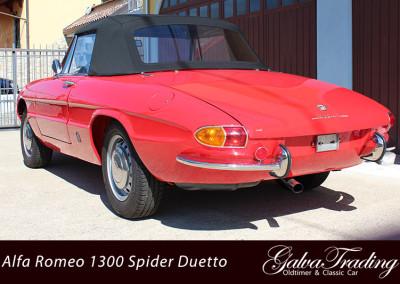 Alfa-Romeo-1300-Spider-Duetto-Rundheck-Osso-di-Sepia-2