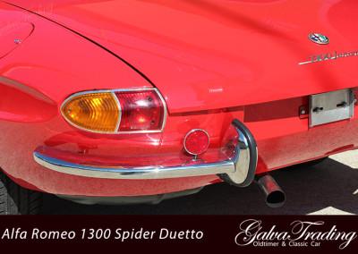Alfa-Romeo-1300-Spider-Duetto-Rundheck-Osso-di-Sepia-4