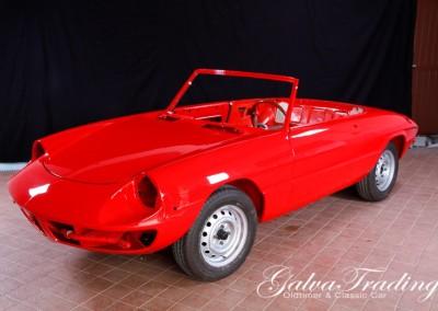 Alfa Romeo 1300 Spider201204017845
