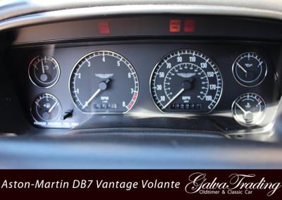 Aston-Martin-DB7-Vantage-Volante-11