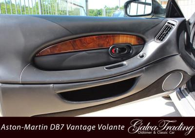 Aston-Martin-DB7-Vantage-Volante-14