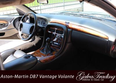 Aston-Martin-DB7-Vantage-Volante-17
