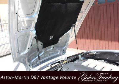 Aston-Martin-DB7-Vantage-Volante-21