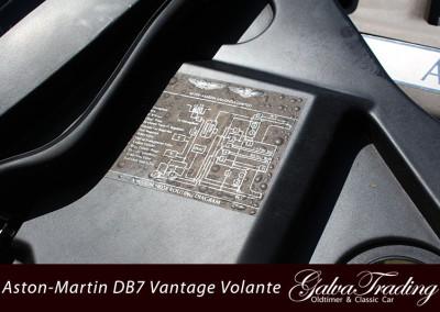 Aston-Martin-DB7-Vantage-Volante-23