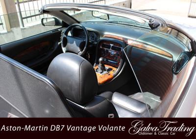 Aston-Martin-DB7-Vantage-Volante-27