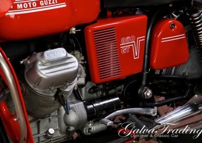 Moto-Guzzi V7 850 GT201506128004
