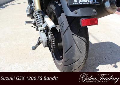 Suzuki-GSX-1200-FS-Bandit-Motor-19