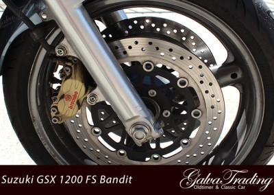 Suzuki-GSX-1200-FS-Bandit-Motor-9